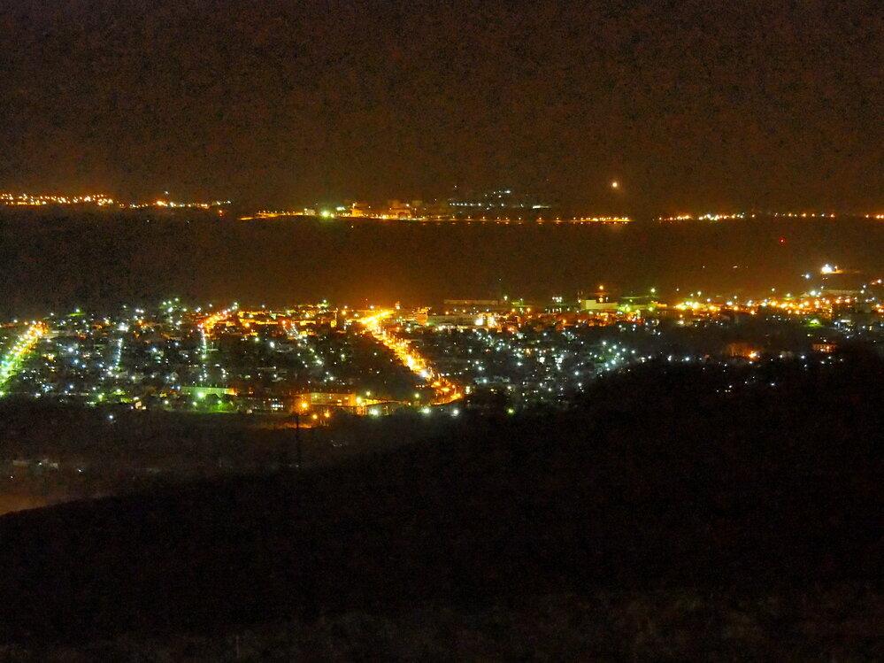 当時の岩内の夜景(これはキャンプ場からですが、ほぼこの景色).JPG